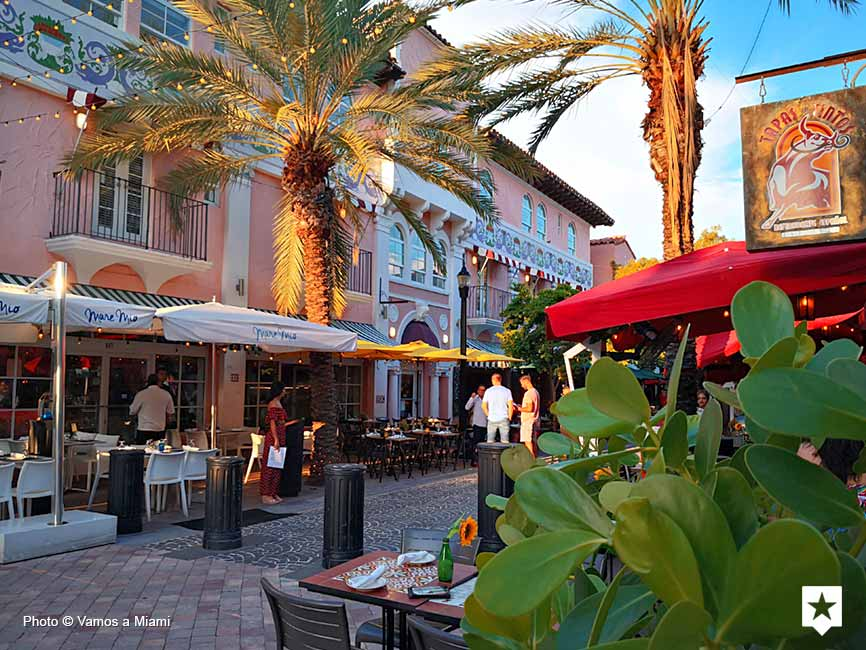 South Beach - Española Way
