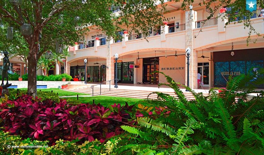 Miami el lujo y el estilo de coral gables en shops at for Florida v jardines